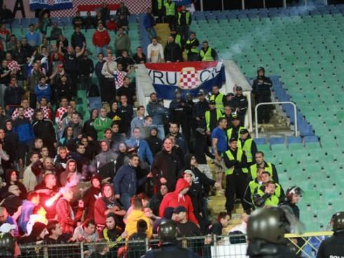 траблы на матче болгария - хорватия