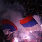 Сербы отобрали флаг