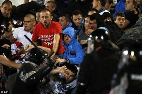 сербия албания матч перенесен
