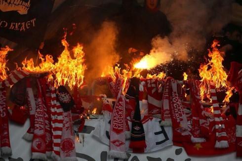горящие шарфы