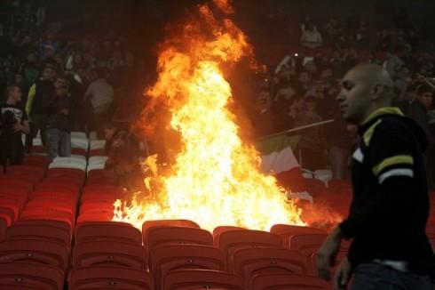 огонь на матче Рубин - Торпедо