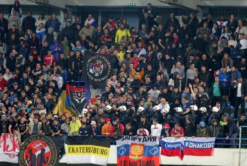 беспорядки на матче Черногория - Россия